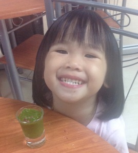 green smoothie kid