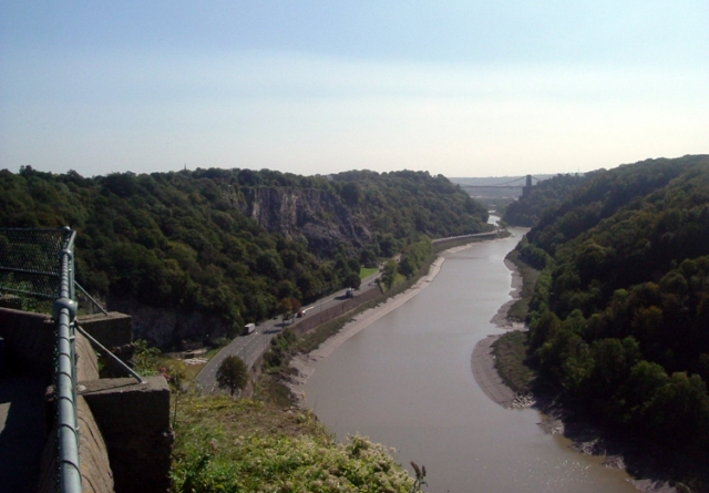 Bristol,_Avon_Gorge_from_Clifton_Down
